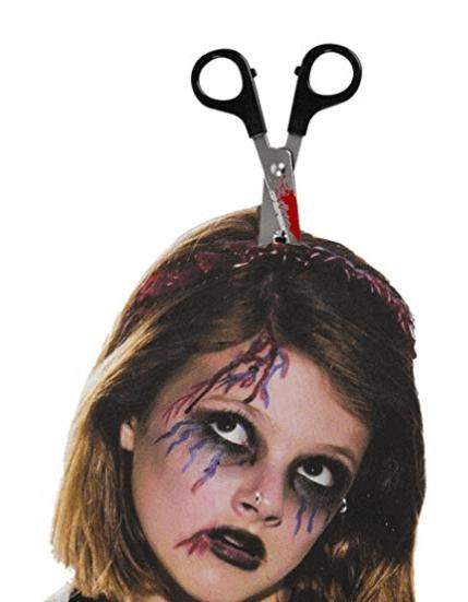 ハロウィンおすすめ小物-頭に刺さるはさみ