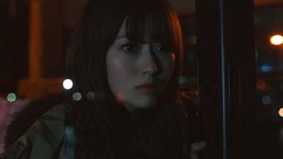 欅坂46「ヒールの高さ」MVの考察その5:バスから降りる守屋茜