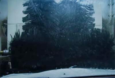 米津玄師のMV「kanden」の演出。洗車のシーン